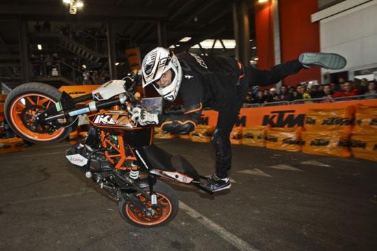 Aksi Rok Bagoros di MotoXpo Kuala Lumpur