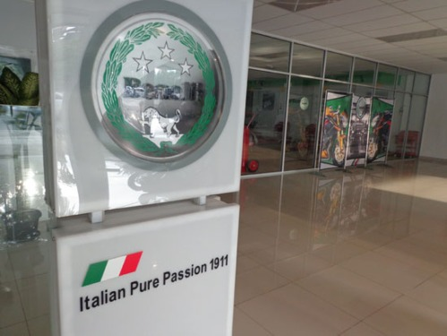 Italian pure passion - benelli motor indonesia