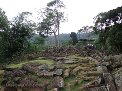 situs megalith gunung padang - cianjur