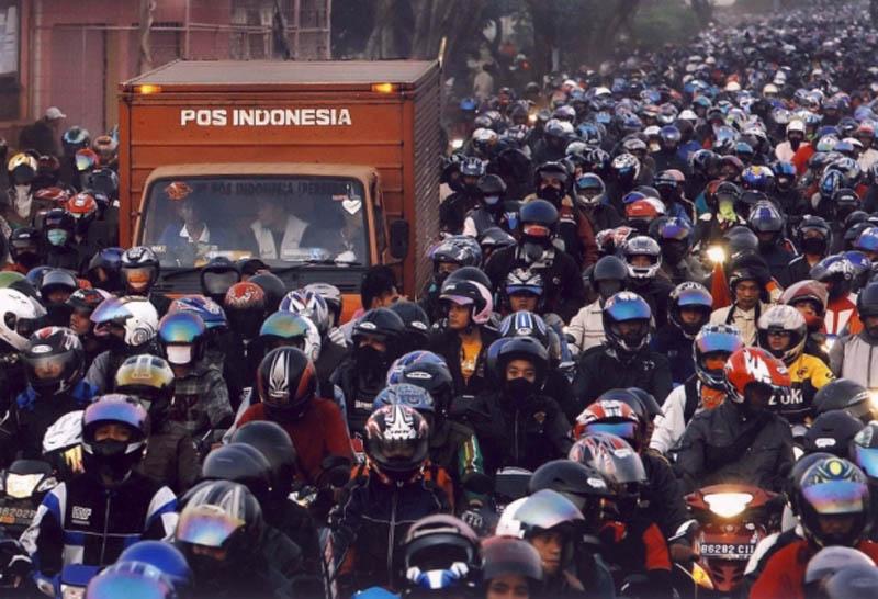 data penjualan sepeda motor