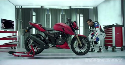 tvs-apache-rtr-200-4v-official-video-01