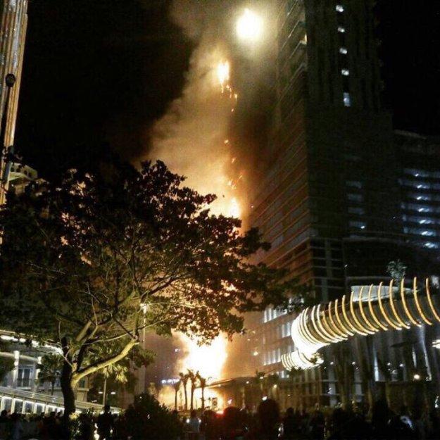 Gedung Neo Soho Kebakaran