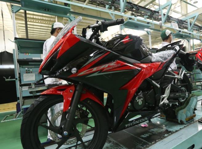 Honda CBR150R Terbaru 2018